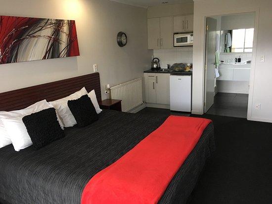 Red Rock Thermal Motel: photo0.jpg