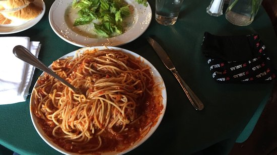 Trail, Kanada: Pino's Authentic Italian Cuisine
