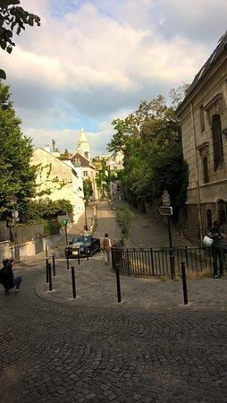 Atelier Alupi: Visites de Paris - Montmartre juillet 2016
