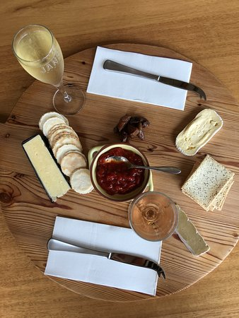 Pipers Brook, أستراليا: Cheese platter for 2