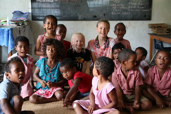 Adventures in Paradise Fiji: Pre-schoolers at the village