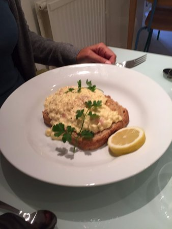 The White House: Fishy breakfast - scrambled egg and salmon - delicious.