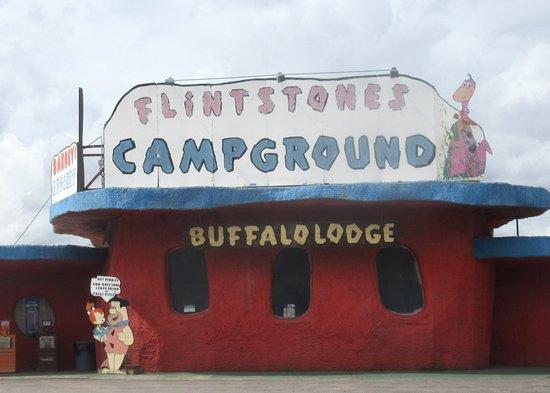 Williams, AZ: Flintstone's Camground Buffalo Lodge, Arizoa