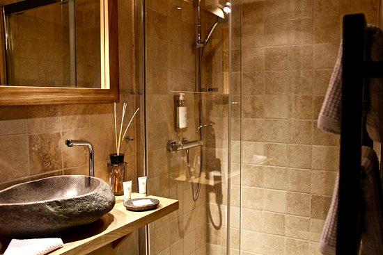 Le Domaine des Prés Verts Spa : La salle d'eau du Petit Logis Spa