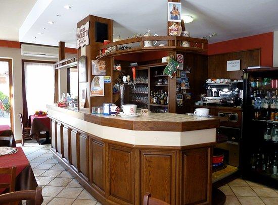 Pila, Itália: Banco bar