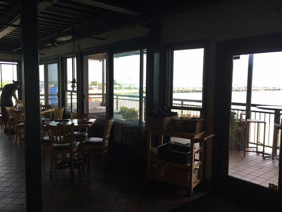 Ross' Grill: The Patio