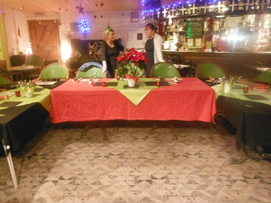 Kuggar, UK: Booked Christmas party