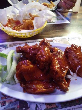 Port Matilda, Pensilvania: Hot BBQ Wings
