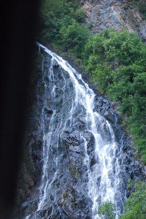 Valdez, AK: Horse taik falls