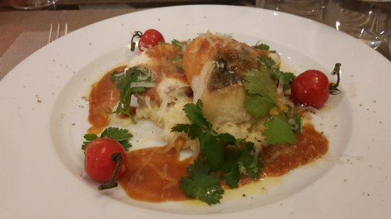 Caromb, Франция: Fisch mal anders und perfekt