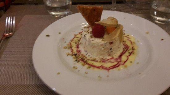 Caromb, Франция: Traum zum Dessert