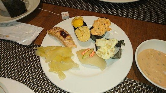 味噌味のお寿司、甘めの台湾マヨでの軍艦