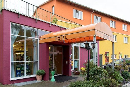 Wolnzach, Γερμανία: Вход в отель