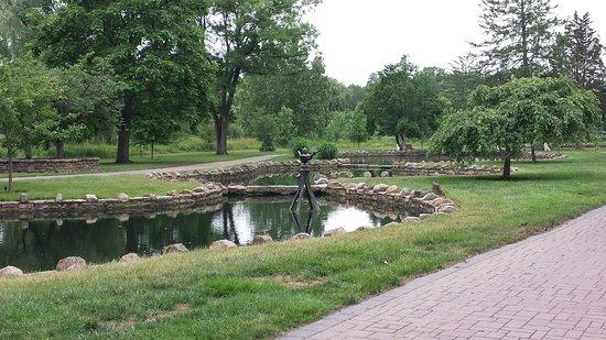 Allentown Rose Gardens: Near Rose Garden