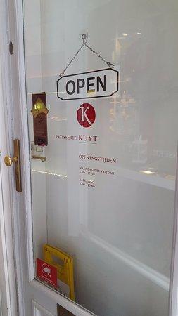 Kuyt: Opening hours