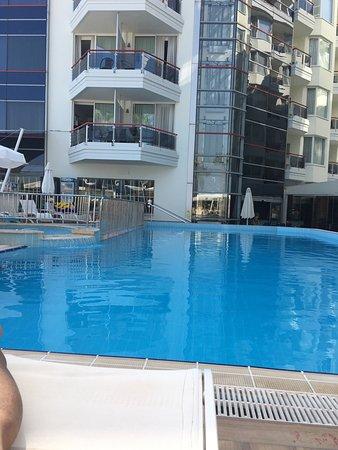 포세이돈 호텔