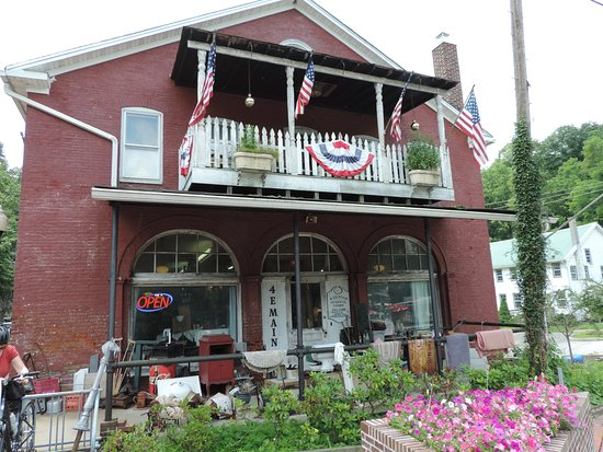 New Freedom, PA: The old General Store in Railroad, Pennsylvania...now an antique haven...