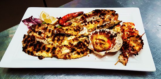 Bagnara di Romagna, Italia: grigliata di pesce