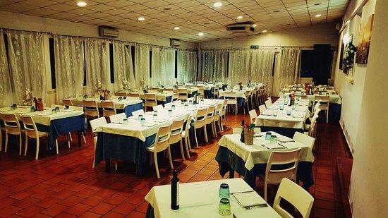 Bagnara di Romagna, Italia: sala per compleanni , banchetti  o cerimonie