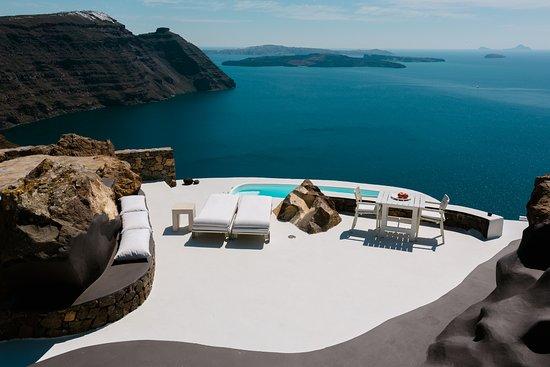 Aenaon Villas: Private veranda of Villa Elidami