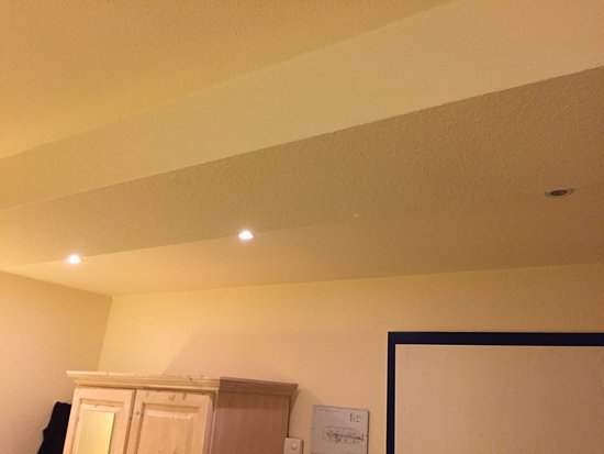 Ringhotel Parkhotel Ambiente: eine Lampe war defekt