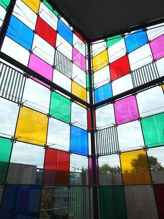 Mus e d 39 art contemporain de strasbourg 3 picture of musee d 39 art moderne et contemporain - Musee d art moderne strasbourg ...