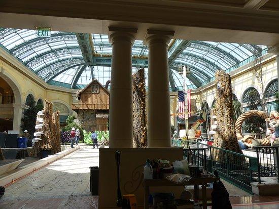 Casino At Bellagio: The Inner Garden (under Construction)