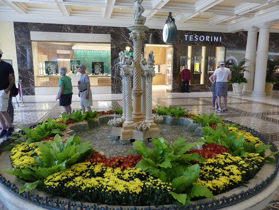 Casino At Bellagio: A Small Water Feature Inside The Lobby