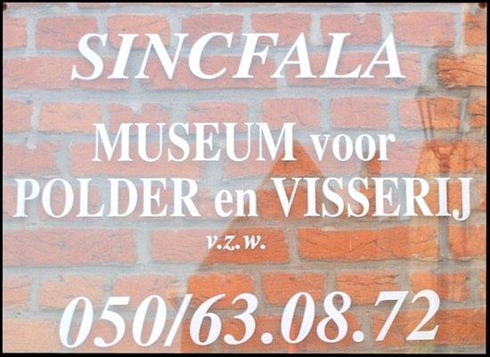 Sincfala: Museum van de Zwinstreek: Info naast de voordeur