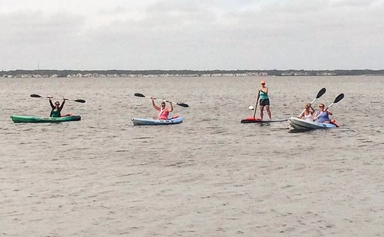 48th St. Watersports: Paddling back in
