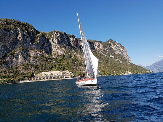 Go-Sail: Castelletto brenzone