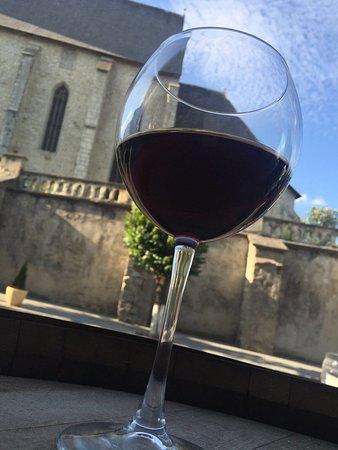 Dej, Romania: Great wine, nice location!