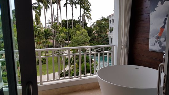 Sandals Barbados Crystal Lagoon Luxury Room With Balcony Tranquility Soaking Tub