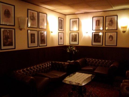 Hotel Furstenhof: Лобби