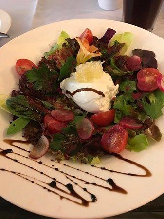 Restaurant Phillipsthal: Herbstsalat mit Ziegenfrischkäse
