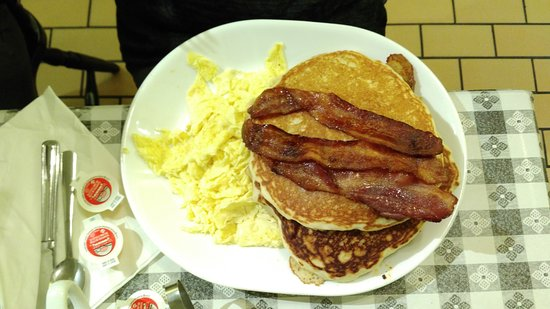 Terry's Comfort Food with Attitude : The Grandma's Breakfast with bacon, pancakes, and roasted potatoes (under pancakes)