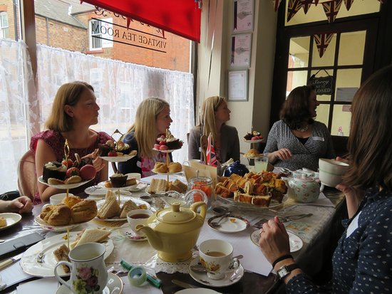 Nottinghamshire, UK: Baby Shower at Time for Tea