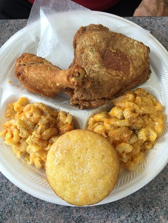 Gwen Franny S Great Fried Chicken With Mac And Cheese And Cornbread