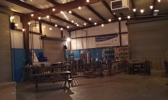 Fletcher, Kuzey Carolina: Blue Ghost Brewing Company