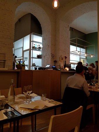 Sala del Ristorante con cucina a vista - Picture of Gaudenzio ...