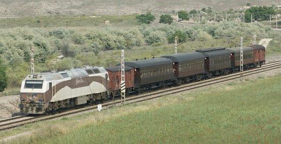 Tren de la fresa con locomotora diesel