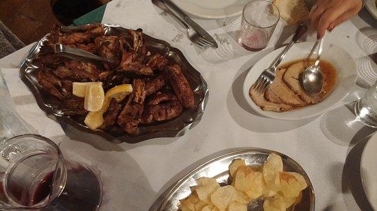 Pieve Torina, Italia: Per un pranzo da leoni