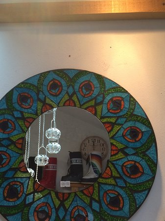 The Georges Restaurant & Cafe Bar: Stained glass peacock mirror