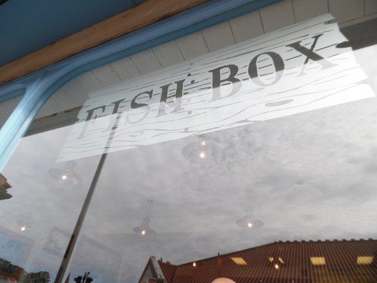 Fish Box Whitby: FISH BOX