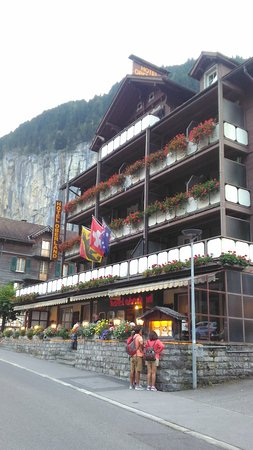 Hotel Oberland Restaurant P 20160914 190220 Large Jpg