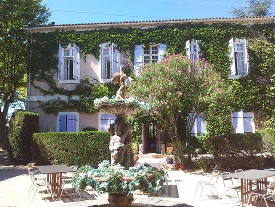 Chateau du Puits es Pratx Photo