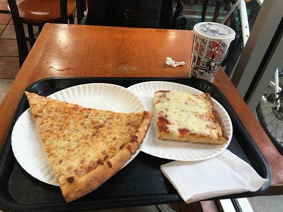 Tastes so good picture of famous famiglia pizzeria new for Casa famiglia new york