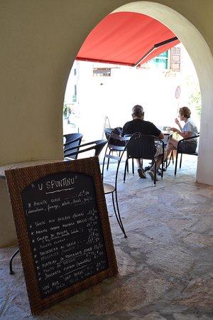 Ersa, France : El menú