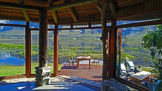 MOSAIC Lagoon Lodge: Der Frühstücksraum