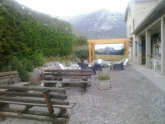 Gosol, Hiszpania: Bar exterior i chill-out